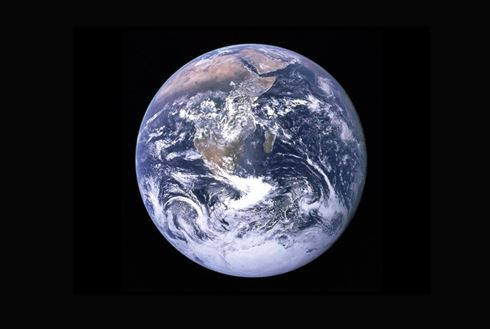 DER MENSCH KANN NUR GESUND SEIN, WENN DER PLANET GESUND IST